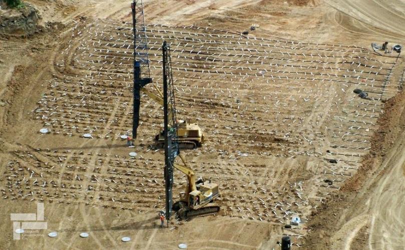 بررسی روش پیش بارگذاری در بهسازی خاک های نرم
